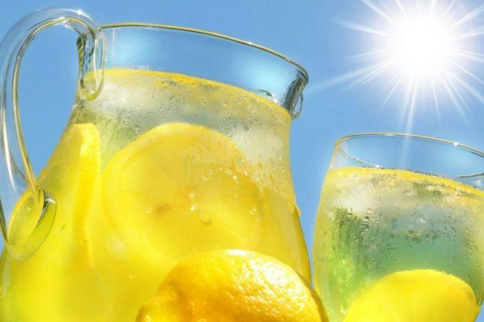5 рецептов домашнего лимонада, идеальных для жарких летних деньков